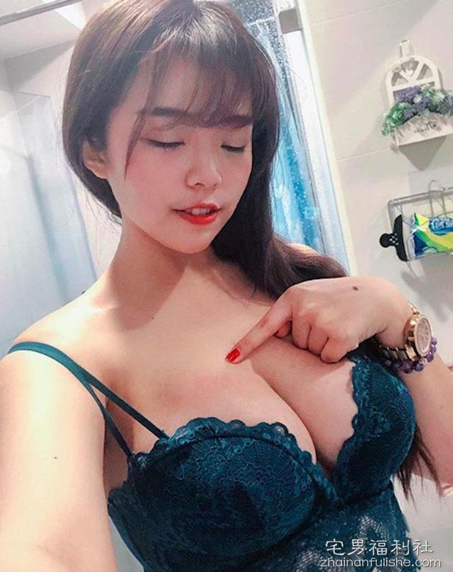 【捕鱼王】爆乳美女Teresa缇芝 性感洋装中路大开黑影若隐若现