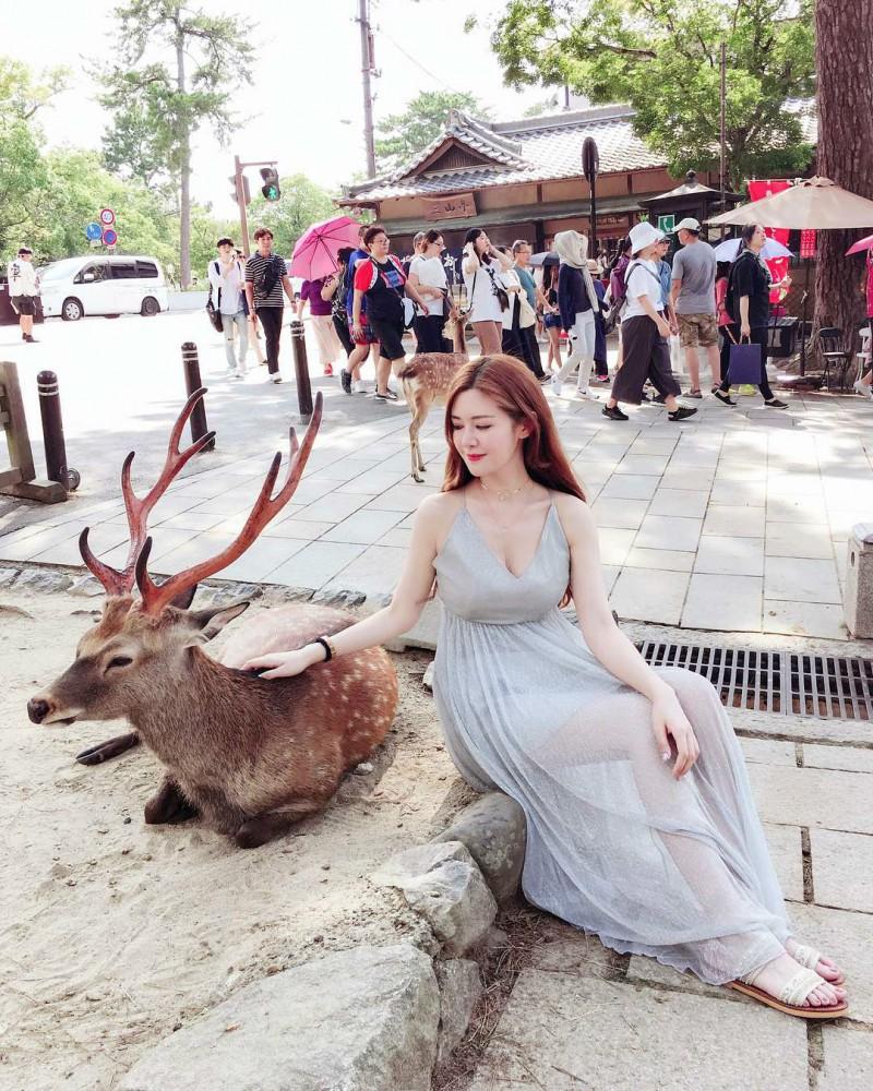 【捕鱼王】性感正妹黄榕 巨乳娘穿比基尼被勒得好痛