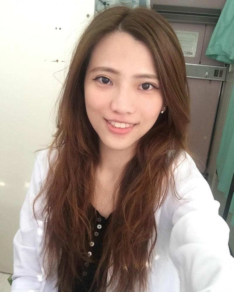 【捕鱼王】美女牙医柯品瑄 凹凸有致性感身材惊艳网友
