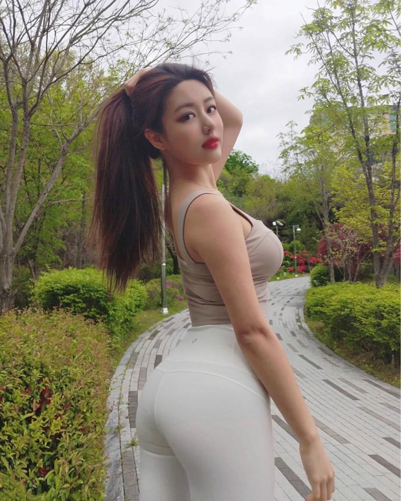 【捕鱼王】韩国网红模特ulael 身材火辣气质迷人